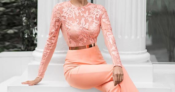 персиковый в одежде - сочетание