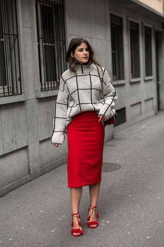 высокая юбка карандаш в паре со свитером