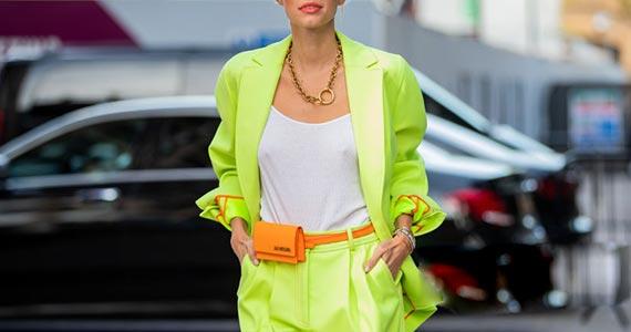 салатовый цвет в одежде - сочетание