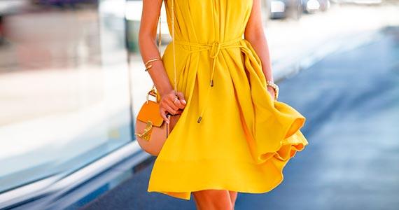 ШАФРАНОВЫЙ цвет в одежде (цвет шафрана) - сочетание и фото