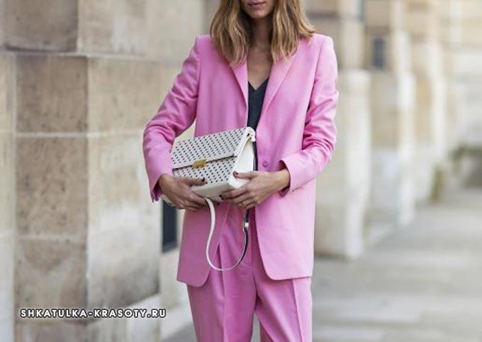 психология цветов в одежде розовый