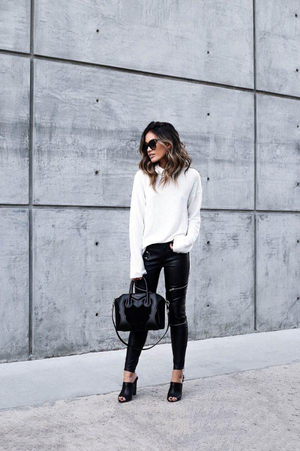 с белым, светлым свитером