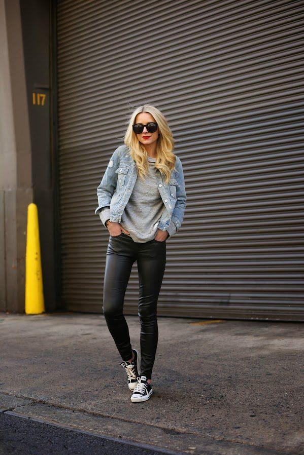 с джинсовой курткой