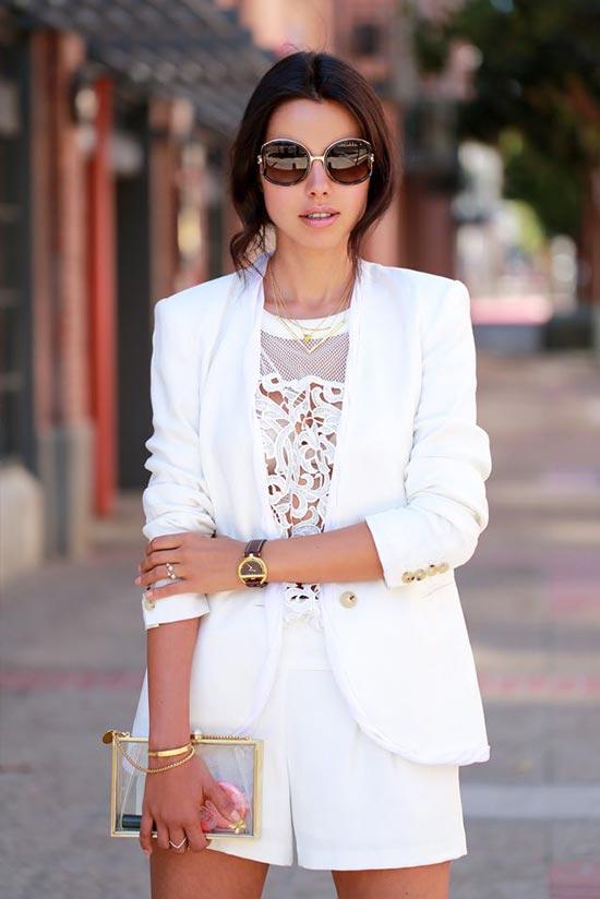 шорты, топ и жакет в белом цвете