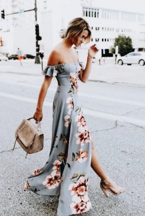с серым платьем в цветочный принт