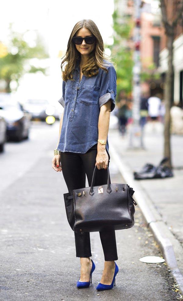 с леггинсами и джинсовой рубашкой с короткими рукавоми