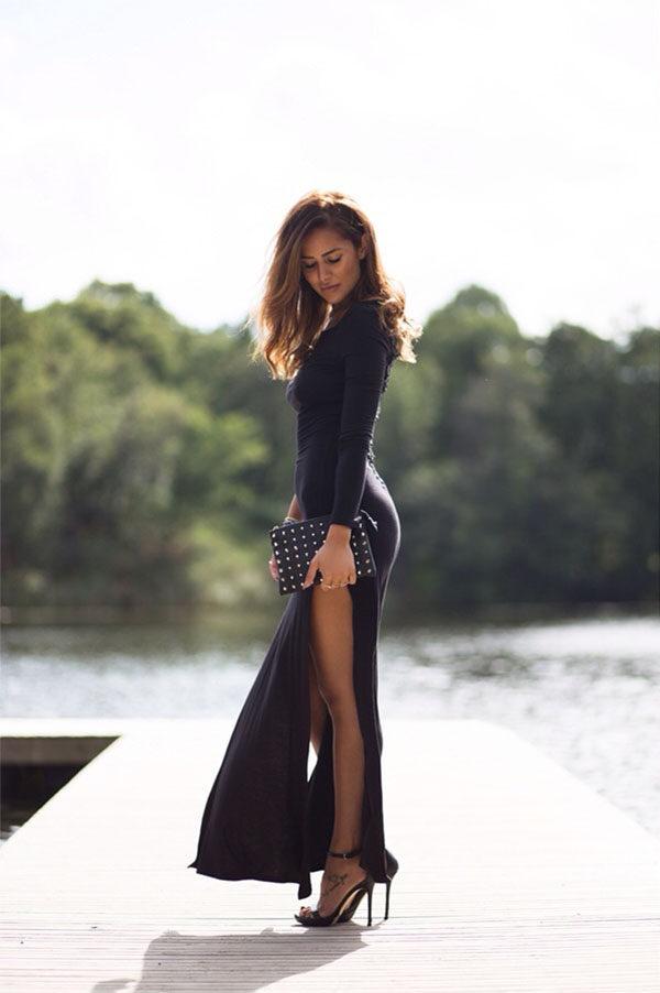 платье с длинными рукавами и вырезами по бокам