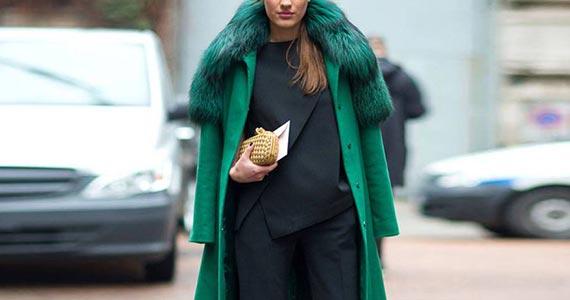 изумрудное пальто с мехом