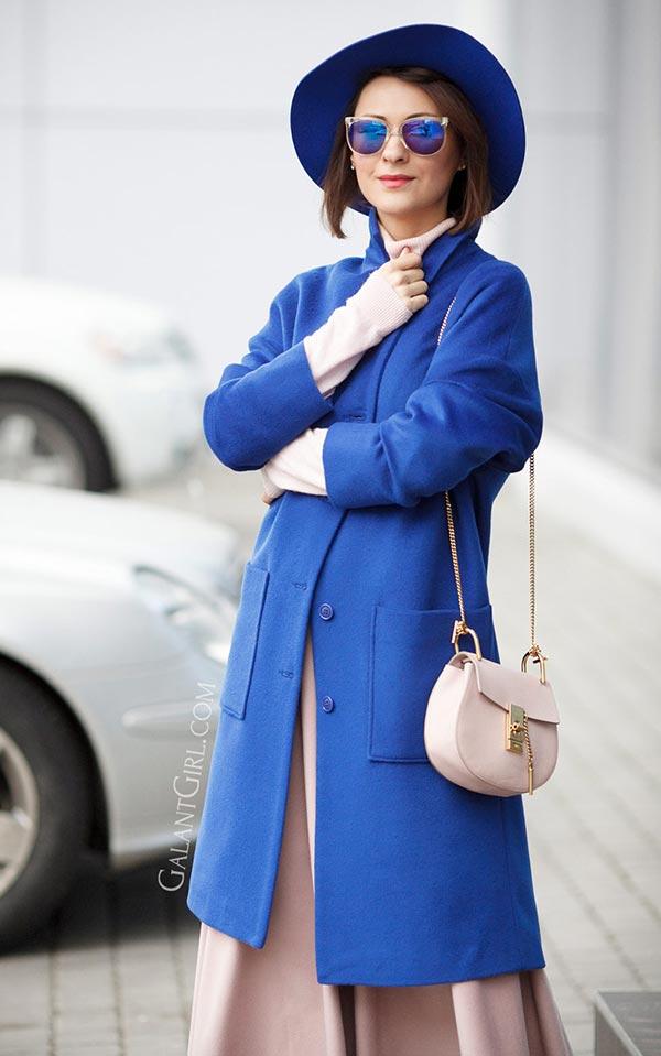 образ с синей шляпой