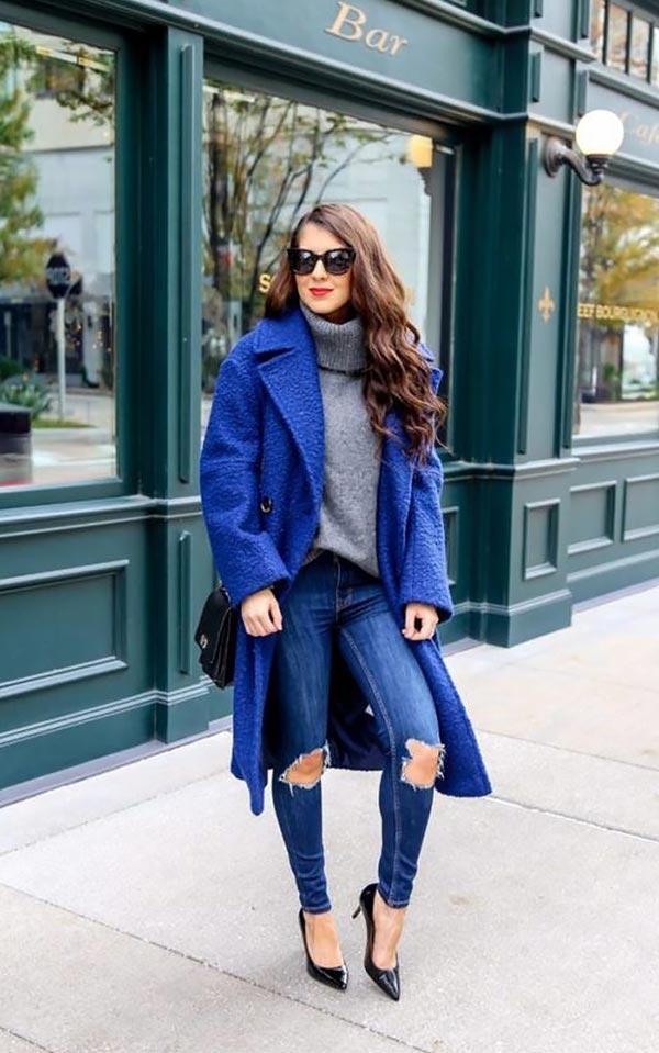 комплект с рваными джинсами и туфлями