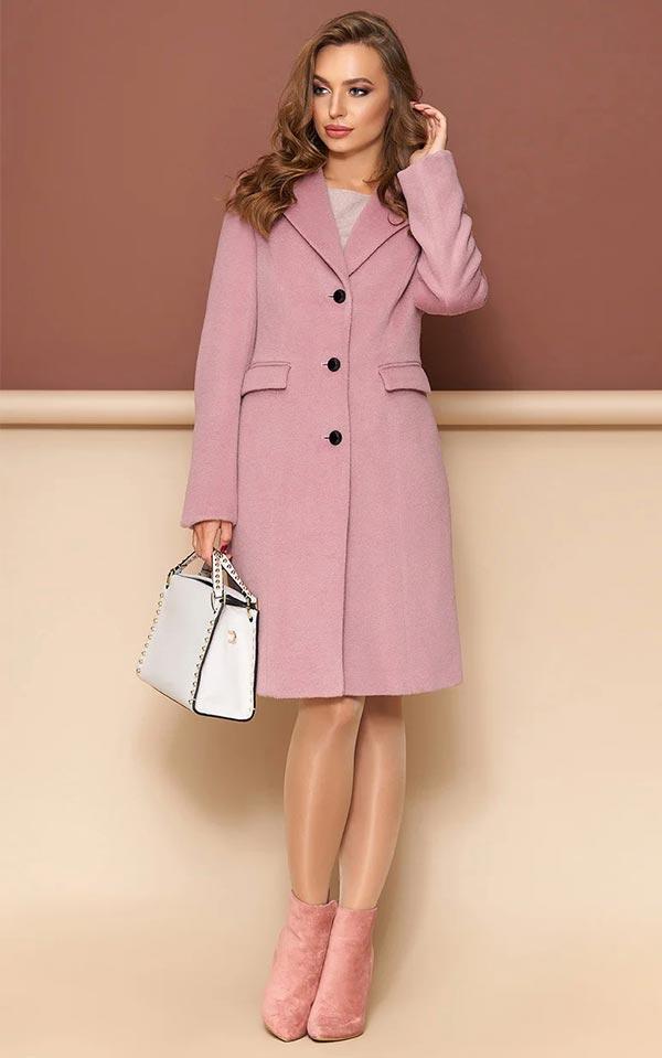 розовое пальто классического кроя