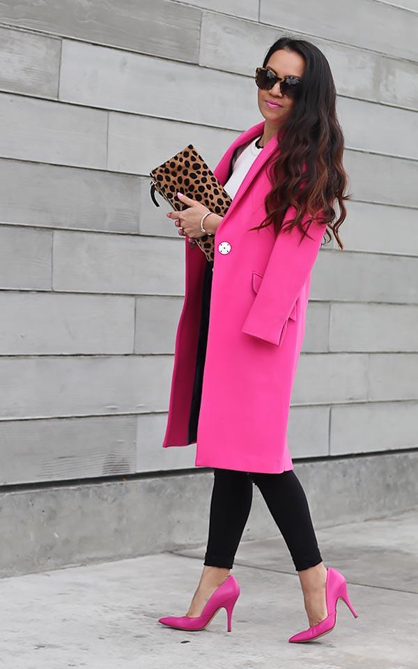 розовое пальто средней длины