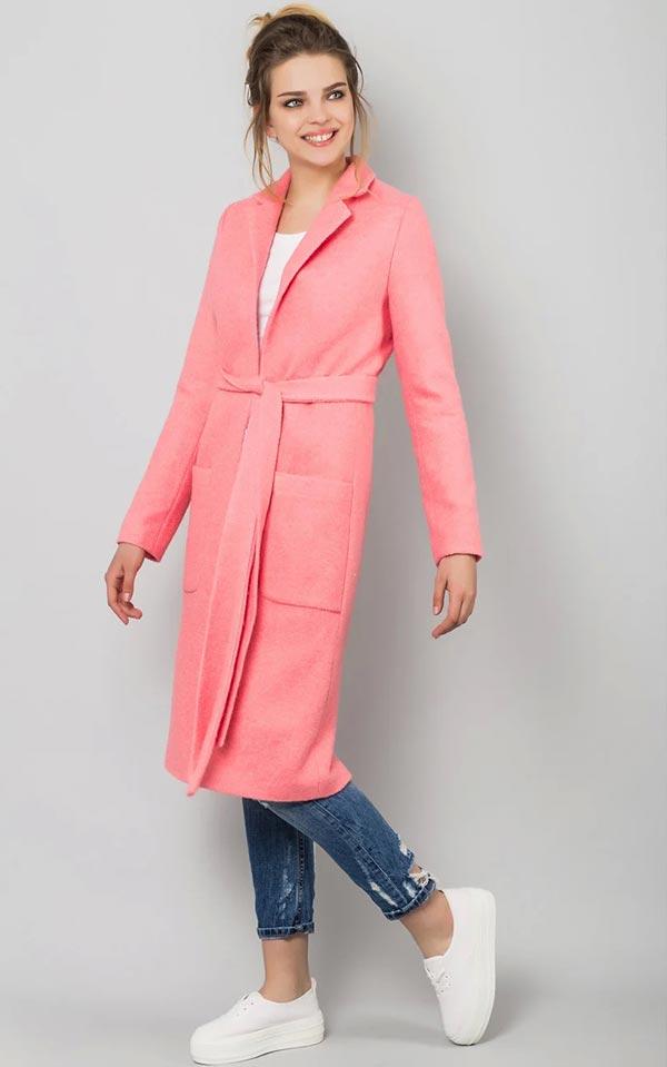 кораллово-розовое пальто