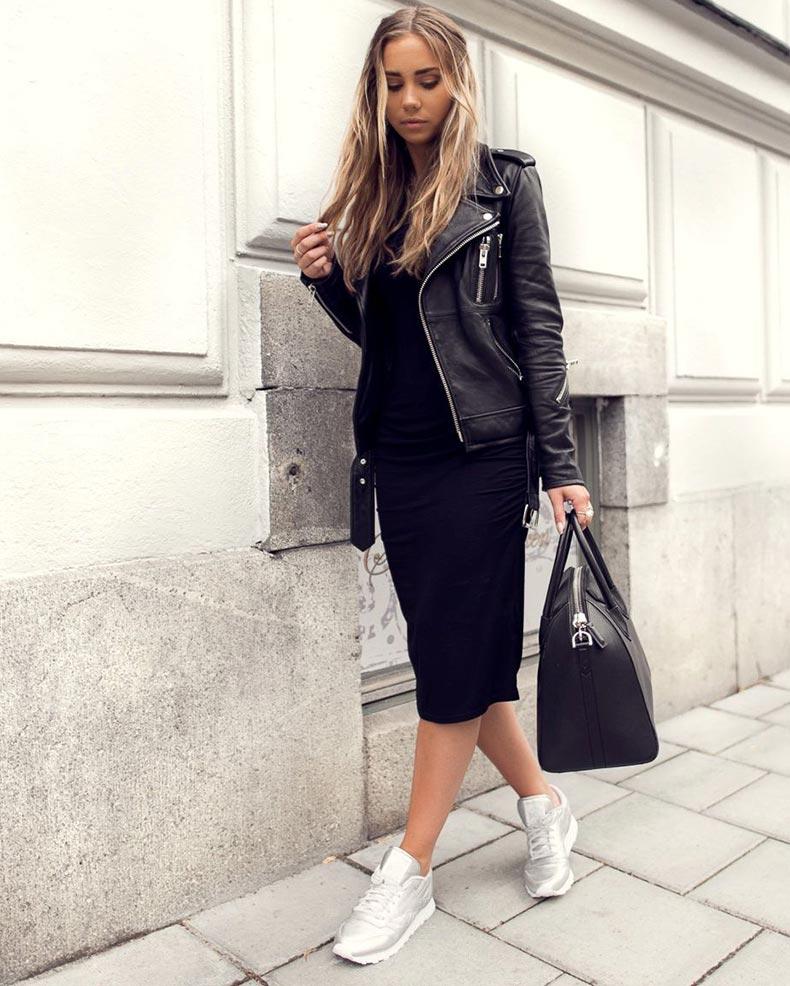 серебристые кроссы и черное платье
