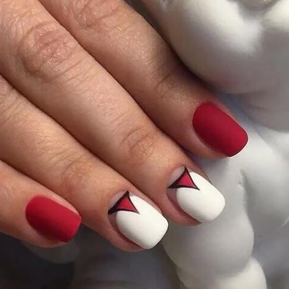 белый лак в сочетании с красным