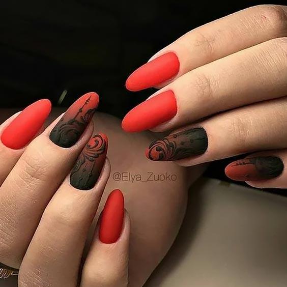 градиентный маникюр с черным и красным