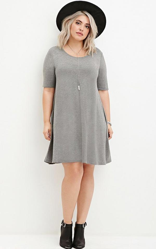 свободное платье-футболка для типа фигуры яблоко