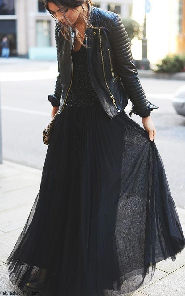 аутфит с шифоновым платьем и кожанкой