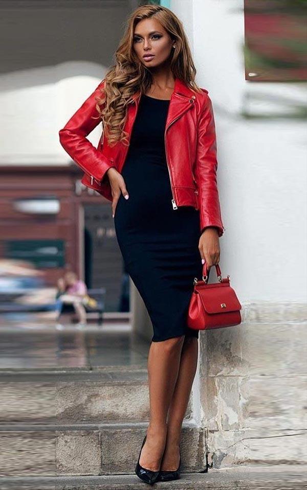 черное обтягивающее платье и красная курточка и сумка