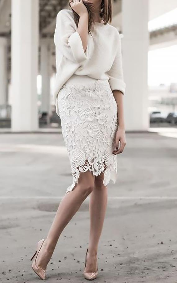 белая юбка карандаш с объемным джемпером