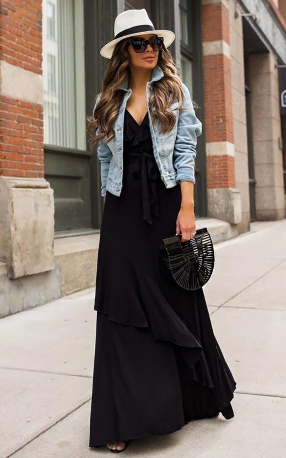 длинное черное платье с джинсовкой и шляпой
