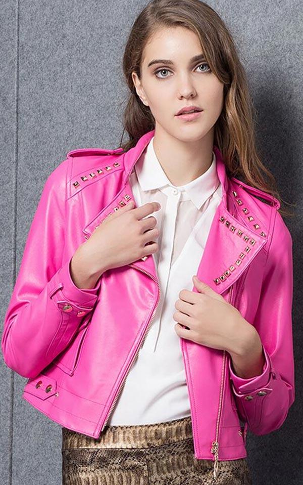 с чем носить розовую кожаную куртку классического оттенка