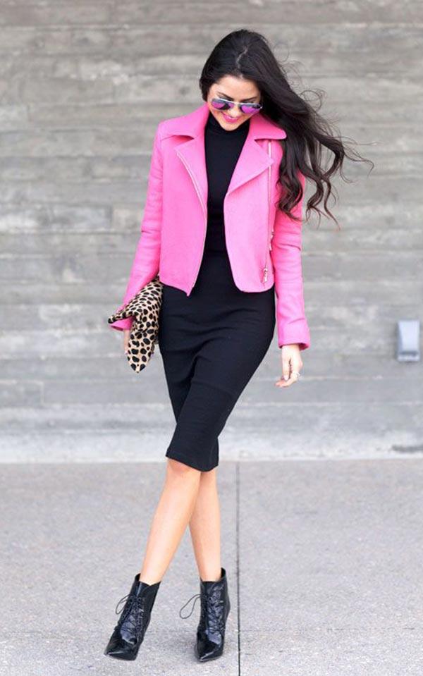 ярко-розовая куртка и черное обтягивающее платье