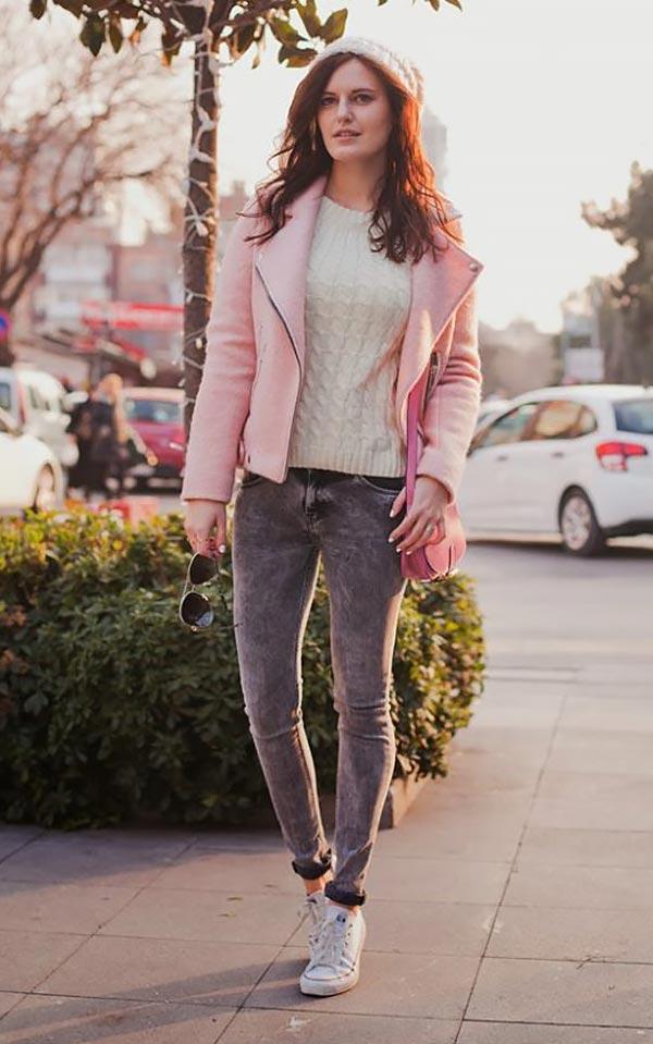 с чем носить розовую кожаную куртку зимой
