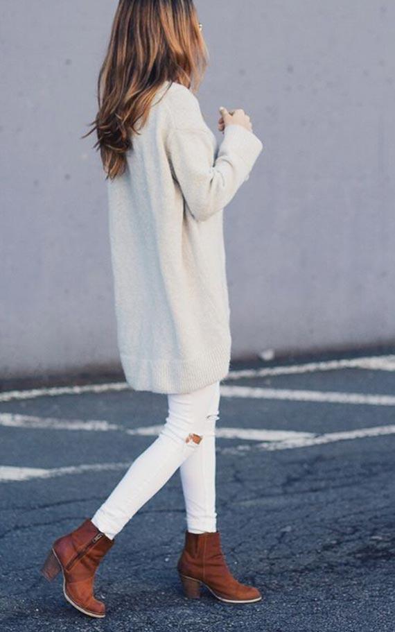 образ в белом цвете с коричневыми ботинками