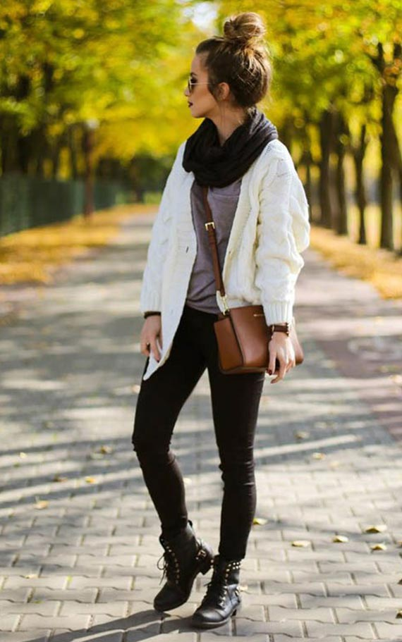 белый кардиган с черными брюками