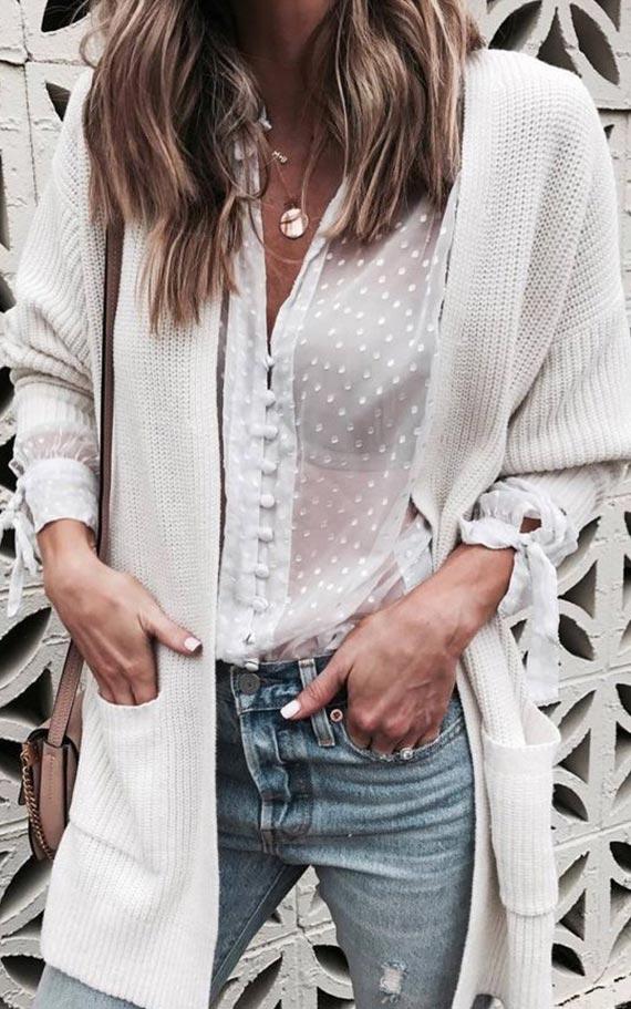 комплект с кружевной блузкой