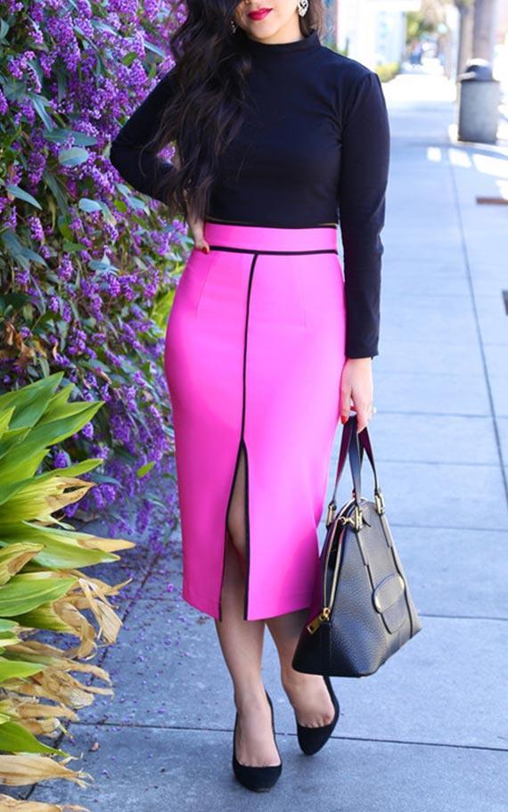 образ с черныи джемпером и яркой розовой юбкой с вырезом