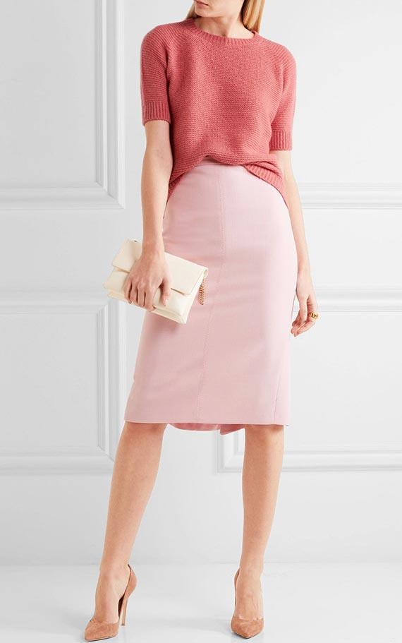 розовая юбка карандаш