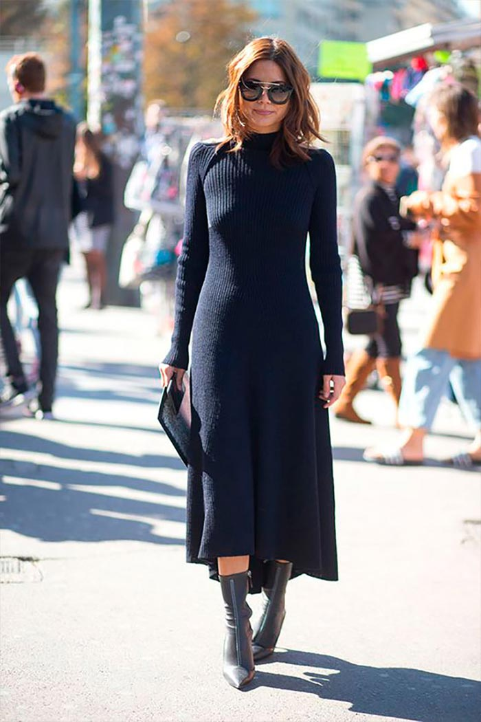 элегантный наряд с черным вязаным платьем и сапожками