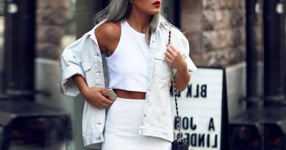 Белая джинсовая куртка с чем носить, образы